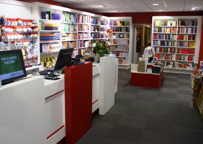 winkelverbouwing_boekhandelinrichting_interieurbouw_winkelinterieur_Interstore_interieurbouw