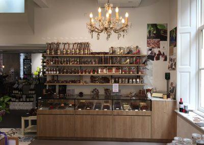 Interieurinrichting Schuttelaar wijn- en delicatessenwinkel in Zwolle