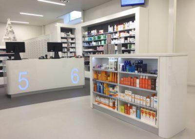 Nieuwe interieurinrichting voor apotheek De Eenhoorn