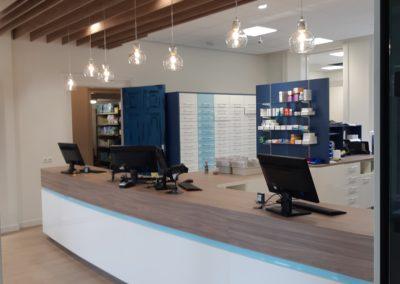 Nieuwe apothekersinrichting Apotheek Kruswald